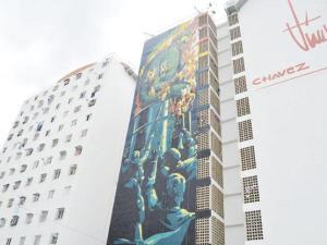 VENEZUELA--Mural-contra-el-d-lar-en-San-Mart-n
