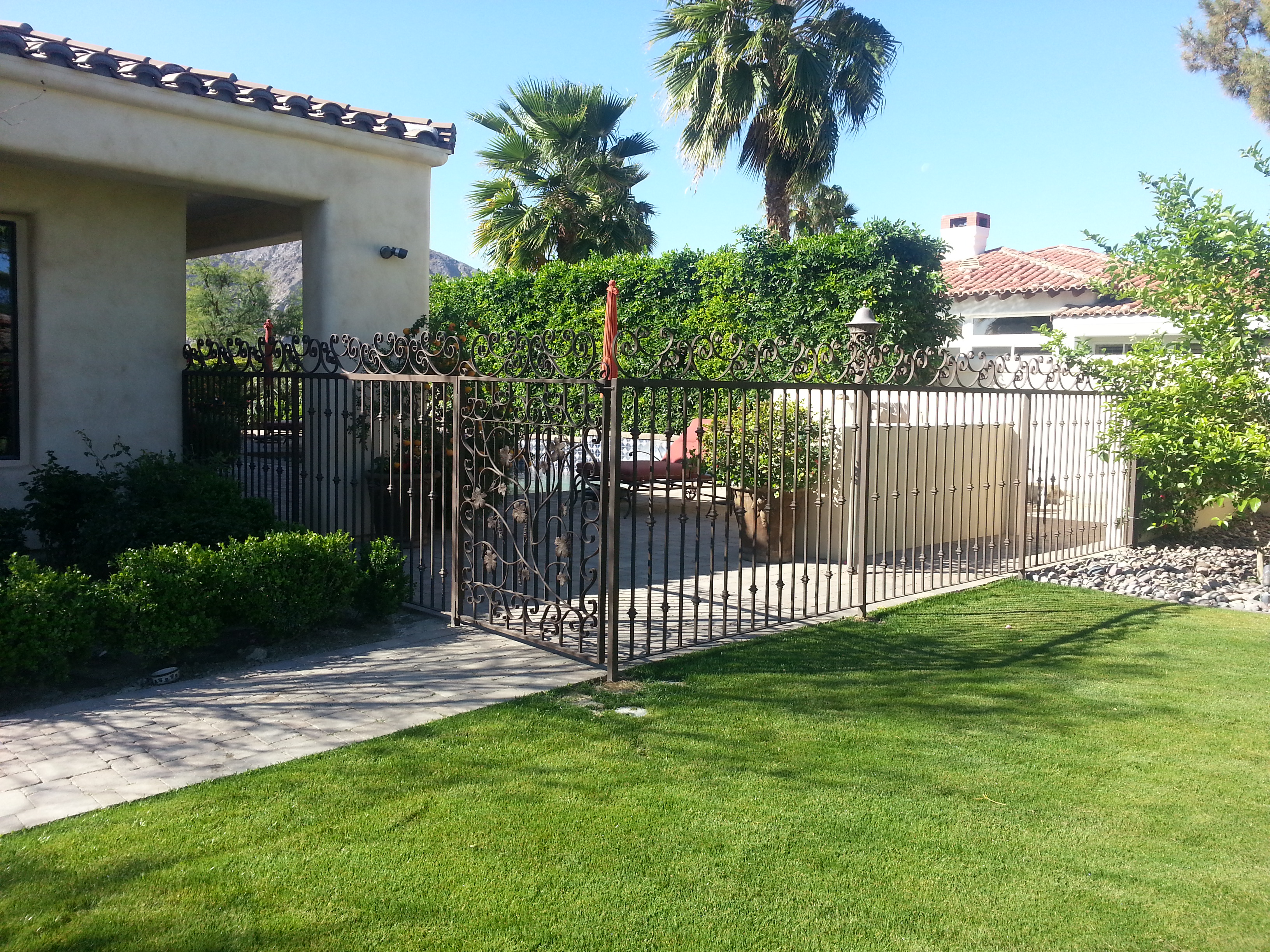 Custom Fencing & Gate around pool