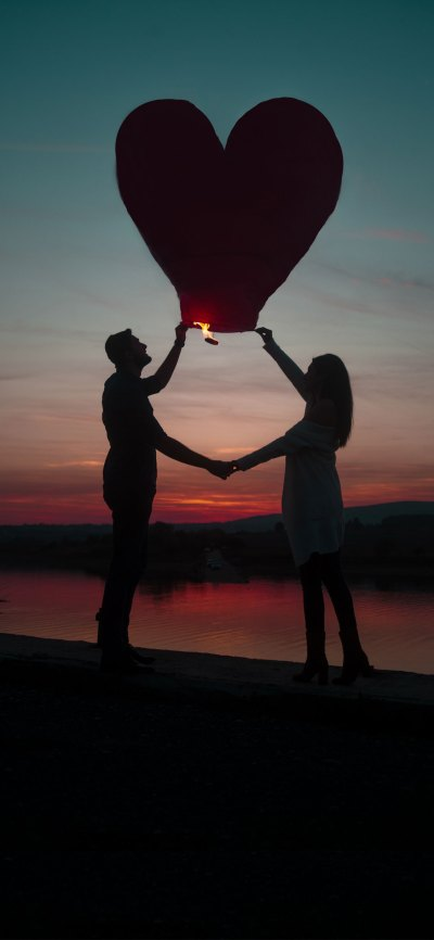 30+ New iPhone X Love Wallpapers / Backgrounds For Couples on Valentine's Day 2018 – Designbolts