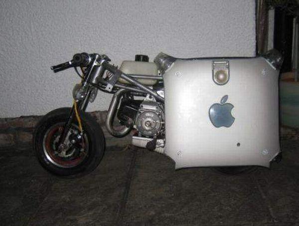 Apple PowerMac G4 Motorbike Mod
