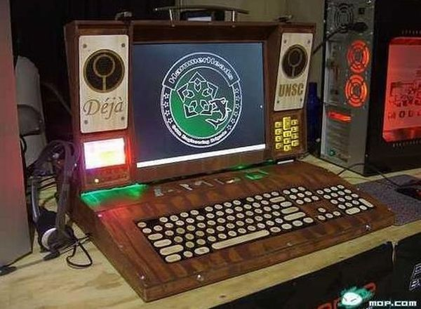 DIY wooden laptop mod