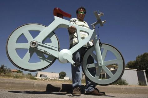 israel-cardboard-bike