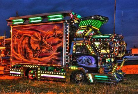 Dekotora-Art-Trucks-02