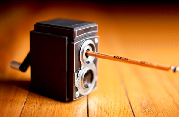 Vintage camera pencil sharpener_1