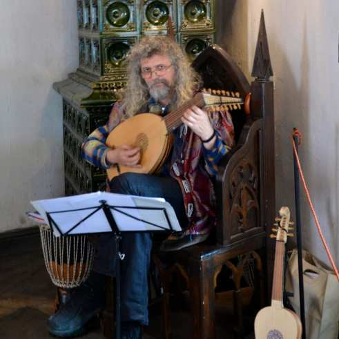 Romanian Musician