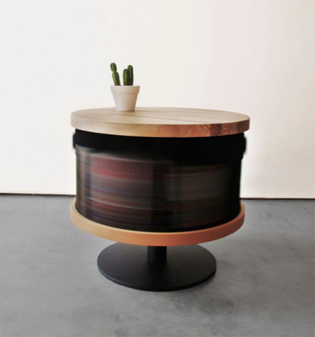 The-Standing-Table4-640x686