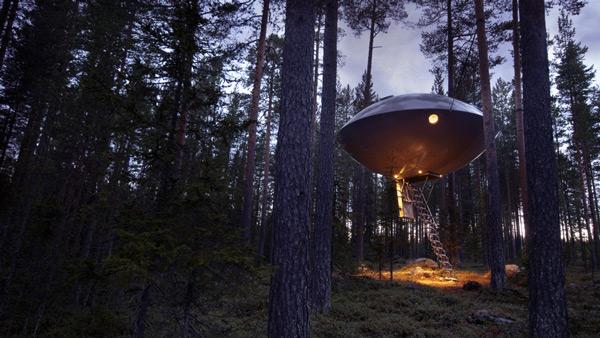 treehotel-ufo-treehouse