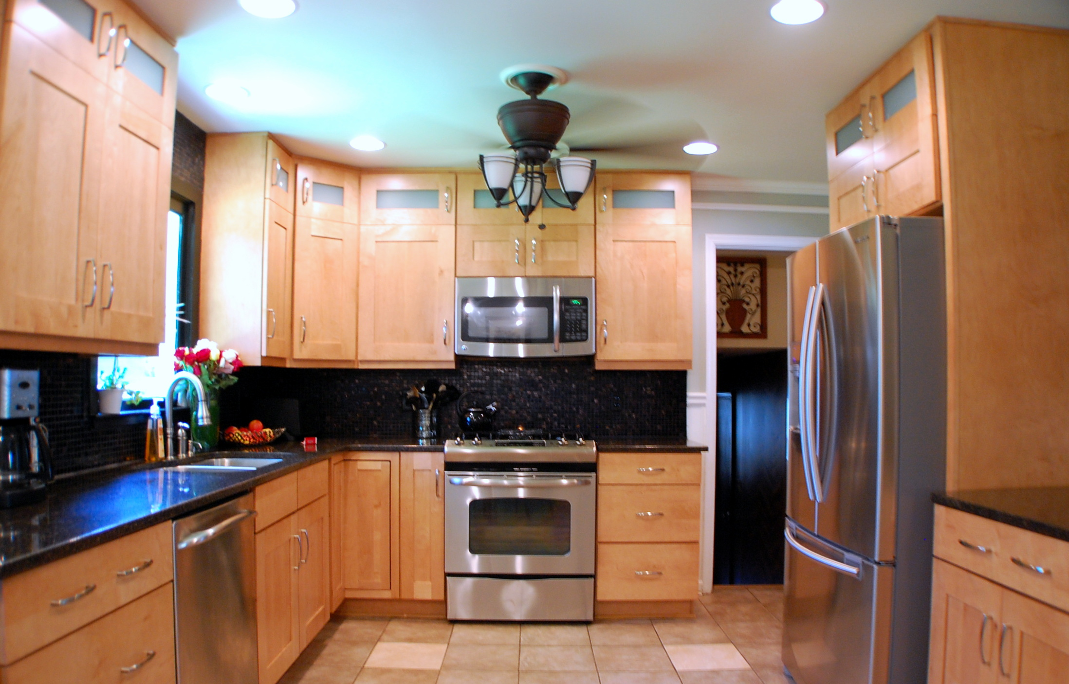 natural nice design of the light color maple cabinets can be kitchens with maple cabinets Modern Kitchen With Maple Cabinets Cliff Kitchen