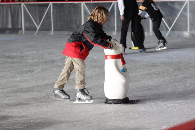 ice_skating_at_winter_fest