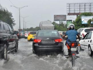 aumentan-a-mil-765-los-desplazados-y-a-14-las-provincias-en-alerta-por-las-lluvias.jpeg