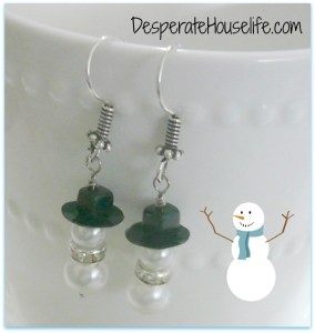 P1010835.jpg 284x300 How to Make Snow Man Earrings {diy}