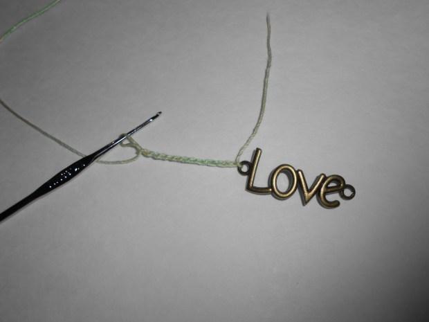 crochet love bracelet 3
