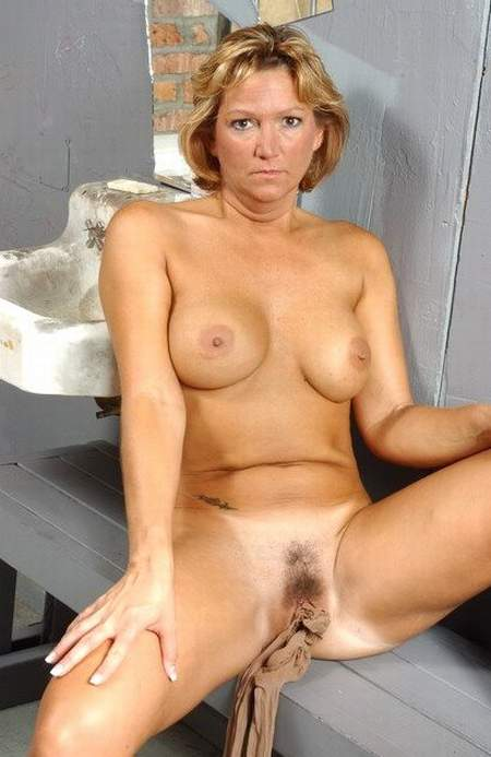 nude women over 50 years old № 64444