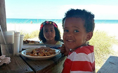 5 Family Travel Tips To Create Meaningful Meals
