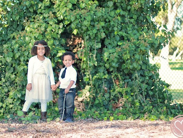 Family Photo Ideas for Siblings