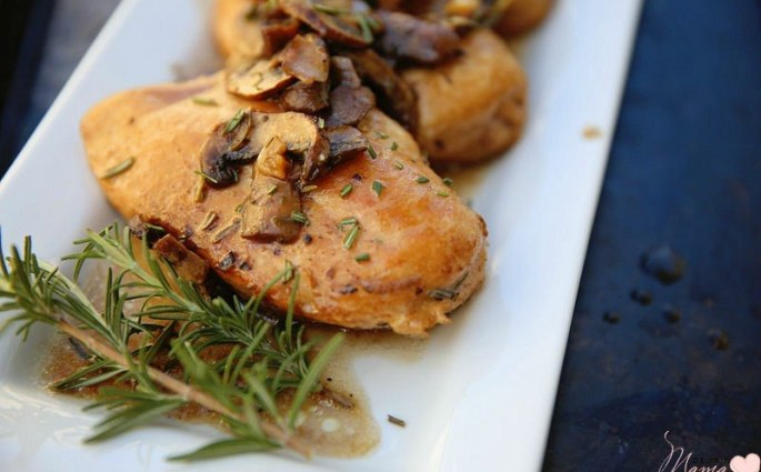 Mushroom Chicken Breast Recipe with Balsamic and Rosemary