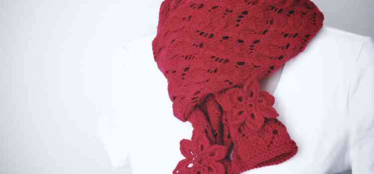 New Knitting Pattern: Red Red Scarf