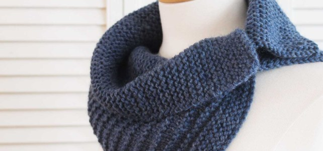 The Stripes Cowl, a knitting pattern