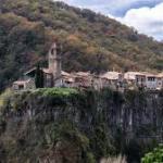 Castellfullit de la Roca en la provincia de Gerona