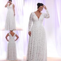 Staggering Plus Size Lace Evening Dress 2016 Long Sleeves Deep V Neck Length Mor Formal Prom Gowns Occasion Party Wears 2015 Cheap Dresses Forformal Size Lace Evening Dress 2016 Long Sleeves Deep V Ne