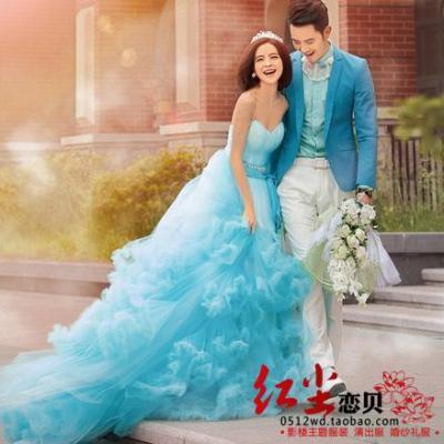 Trailing Wedding Dress Color Photography Studio Theme ...