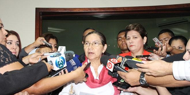 FMLN propone reformas al Código Penal  que protejan la identidad ciudadana y el fraude