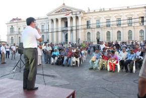 """El FMLN considera que la derecha impulsa """"campaña para infundir miedo"""""""