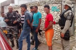 Assaltantes de PE presos no Vale do Piancó (Foto: Hora do Vale)