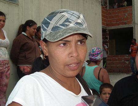 180 familias claman por viviendas dignas
