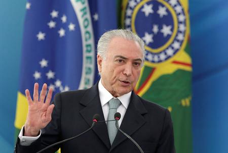 Brasil: Temer saca al ejército para controlar protestas que piden su renuncia