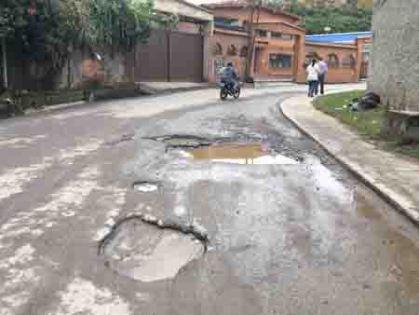 El alcalde de El Hatillo llama la atención de Hidrocapital y Corpoelec