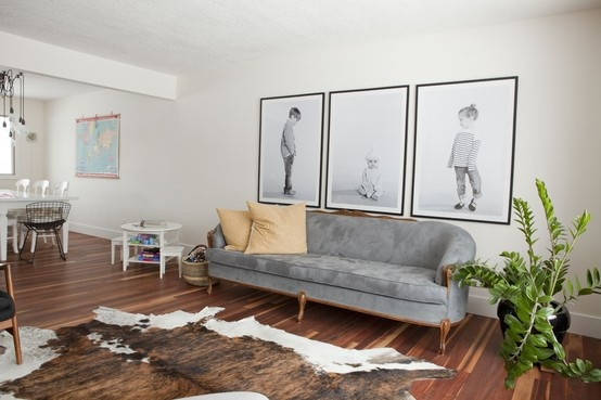 oversized-photos-on-wall
