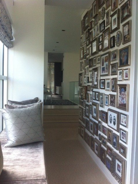 wall-with-lots-of-photos