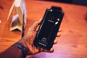 Infinix Mobility launches the Infinix Note 5. Here are the Specs, Price & Availability