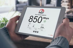 FAST.com Now Measures Latency and Upload Speed