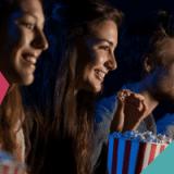Jong publiek in de bioscoop