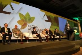 AD participa de Fórum Mundial do Agronegócio