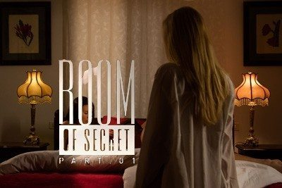 Kiara-Lord_Vanessa_decker_room-of-secret_01