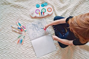 No More Color Where It Shouldn't Be: Crayola Color Wonder {review and giveaway}