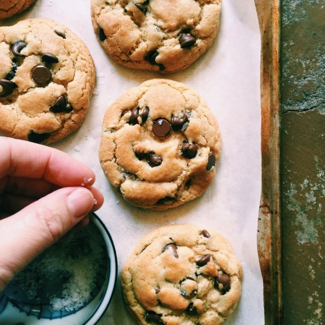 Brown Butter Chocolate Chip Cookies | Recipe via DisplacedHousewife | *This version is made with light brown sugar.