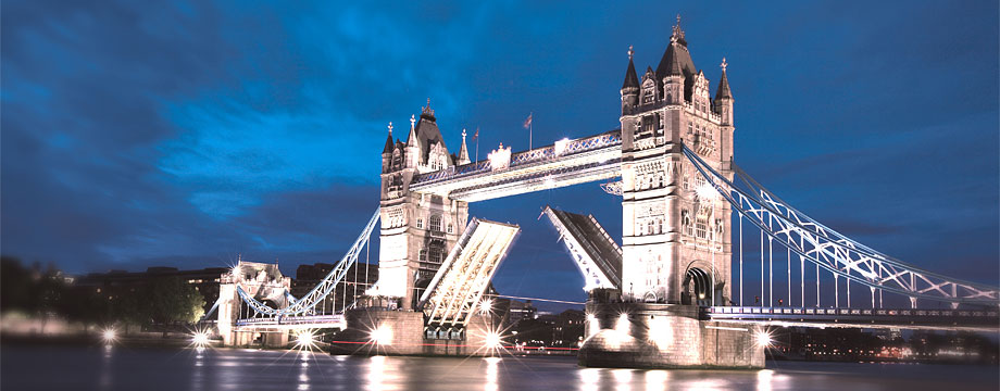 DNB in United Kingdom  London   Banking the Norwegian way   DNB London   Tower Bridge