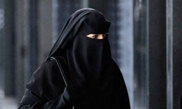 French-niqab-ban-006