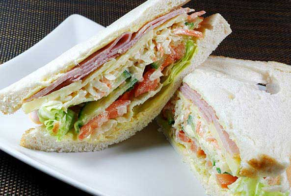 Coleslaw Chicken Ham Sandwich - Five quick and healthy recipes for doctors