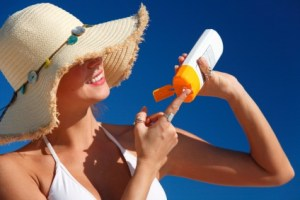 Cara Memilih Sunblock Yang Aman Untuk Kulit