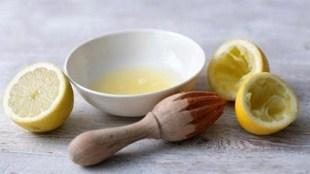 Cara Mengatasi Jerawat Dengan Jus Lemon Dingin