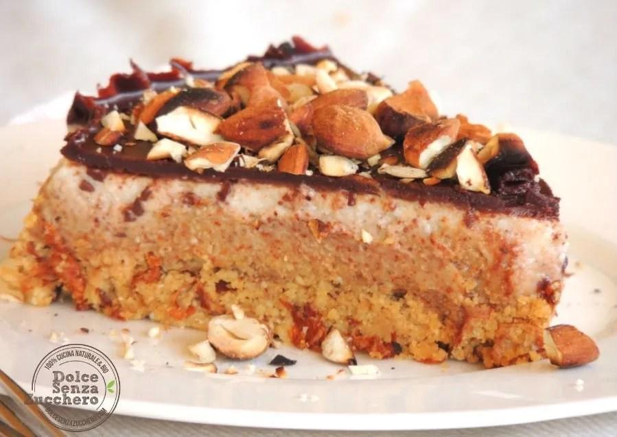Torta al Burro di Mandorle Panna Mandorle e Cioccolato (4)