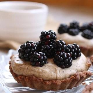 crostata-con-more-fresche-e-crema-senza-glutine-integrale