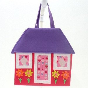 Knot-A-Paperdoll travel toy doll house redpurple