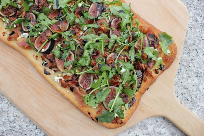 flatbread-with-figs-prosciutto-and-goat-cheese-11