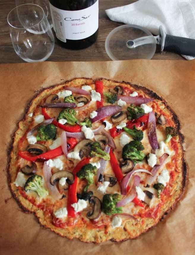 cauliflower-pizza-crust-with-roasted-vegetables-and-goat-cheese-4